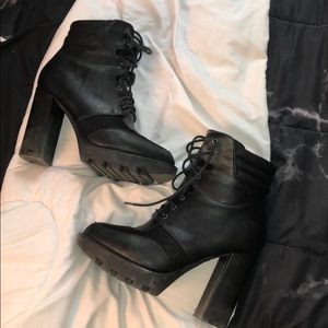 Lace up heeled booties